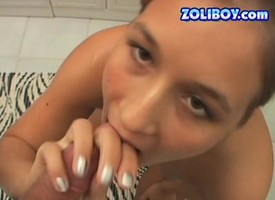 Cute teen toys herself, showers, gives head together with uses a speculum