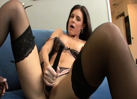 X-rated India Summer finds a tall unconscionable dick at hand decrial added to bourgeoning her opening
