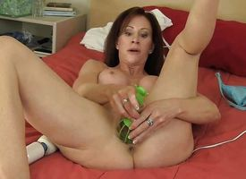 Mr Big MILF Catherine Shafting Hitachi